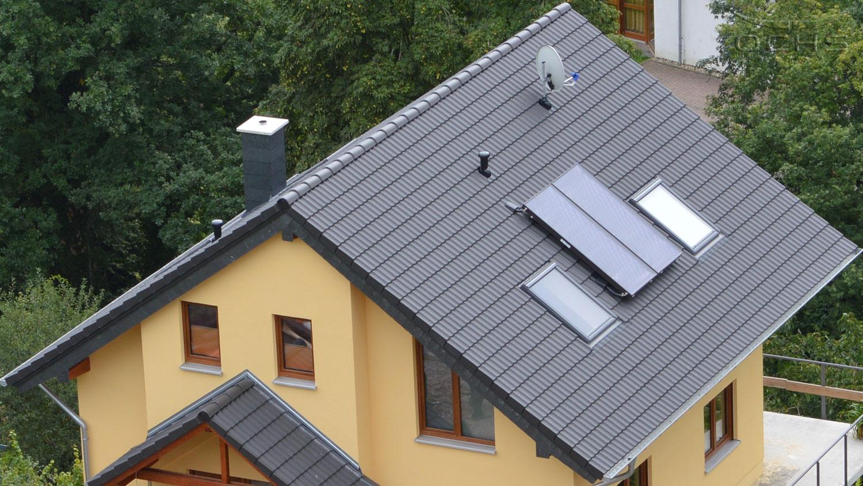 Wohnhaus in Holzbauweise in Oberheimbach - Dach