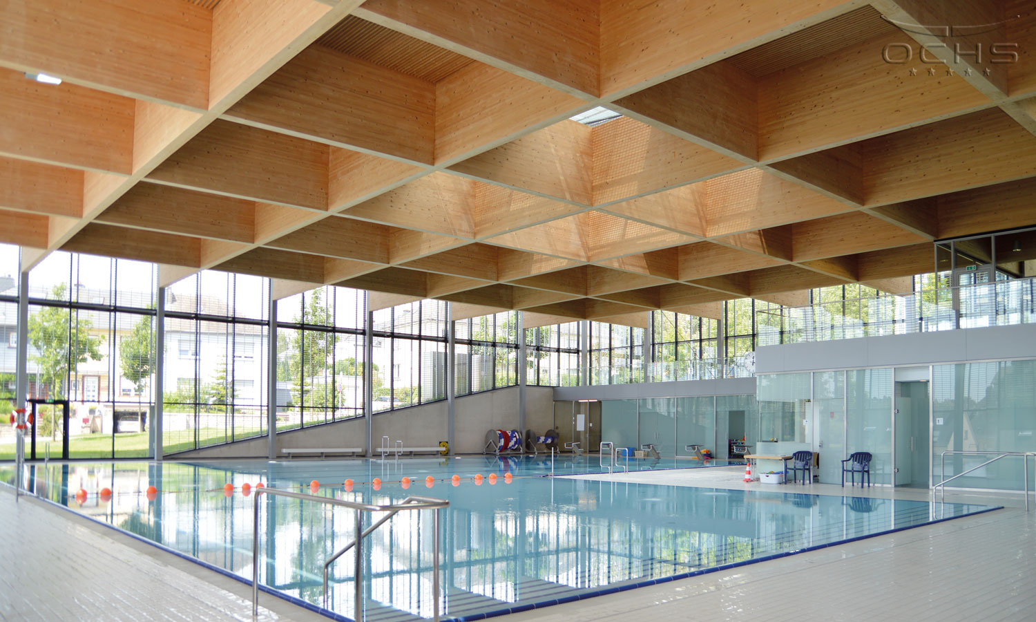 Centre des sports belair swimming pool ochs holzbau we are your partner for complex timber for Swimming pool luxembourg kirchberg