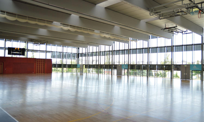 Sporthalle von Innen - Centre des Sports Belair