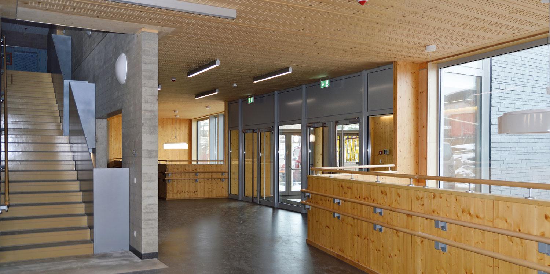 Schule in Harlange - Eingangsbereich