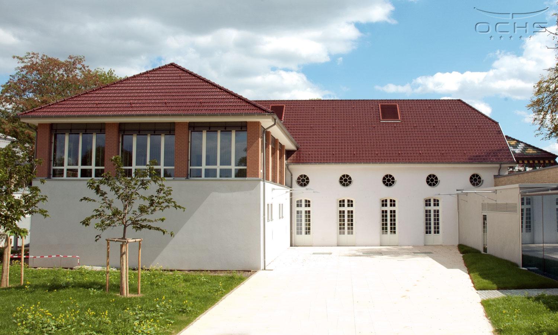 Batiment Schéiss in Luxemburg - Zimmererarbeiten, Dachtragwerk, Dachdeckerarbeiten