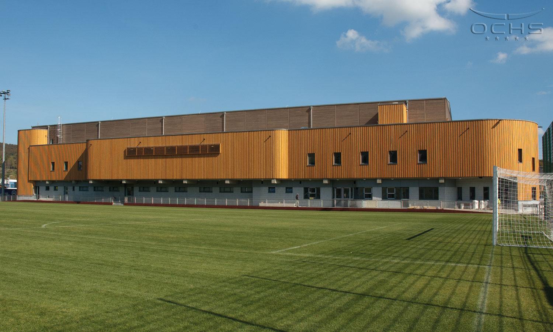 Sporthalle Lintgen mit integrierter Zuschauerbühne in Holzausführung