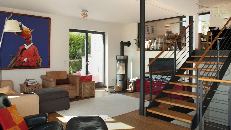 Wohnhaus in Holzbauweise in Schouweiler - Wohnbereich, Treppe